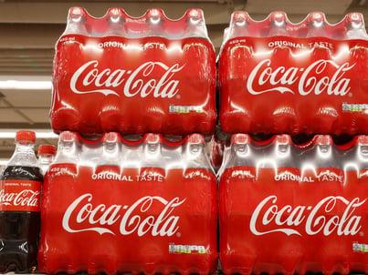 cover-r4x3w1000-5f16f5bfd82f5-coca-cola-reprise-des-ventes-en-vue-apres-le-trimestre-le